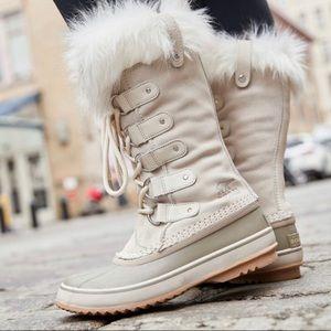 Sorel Joan of Arctic Rain Snow Boots Color Fawn